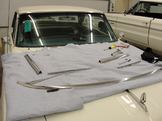 1963 Plymouth Belvedere replaced gasket on windshield.
